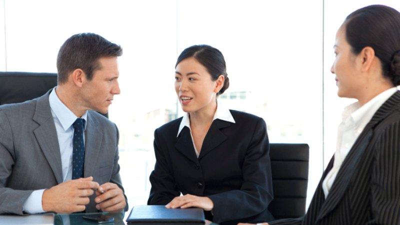 English Chinese Translator for Business Communication